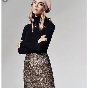 Free people size 4 sequin mini new 🌟🌟